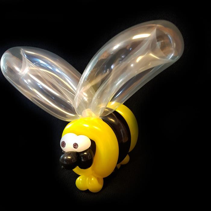 bee balloon animal